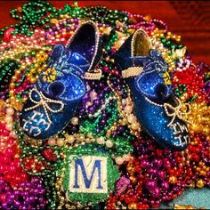 Check out this pair of Hornets #ImIn shoes from the Muses Parade! #MardiGras2012