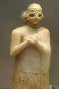 Gypsum statue of a Sumerian woman c. 2400 BCE