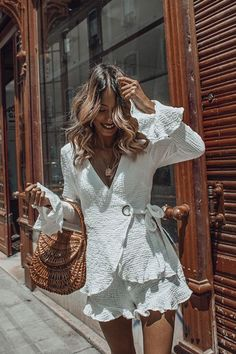 Stay white, stay brilliant this summer! - - Stay white, stay brilliant this summer! Summer Dress Outfits, Cute Summer Dresses, Cute Outfits, Boho Chic Outfits Summer, White Dress Summer, Boho Fashion, Autumn Fashion, Fashion Outfits, Womens Fashion