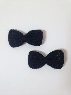Crochet hair bows -black 100% cotton £3 per pair