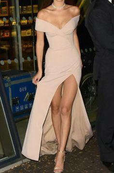 Hugo Boss Bardot gown (pretty sure that's a headless Bella Hadid)