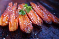 """Karamelizovaná mrkev v hořčično-""""medové"""" zálivce Carrots, Sausage, Meat, Vegetables, Cooking, Food, Kitchen, Sausages, Essen"""