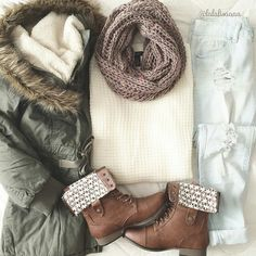 Dress like a fashionista to win the heart of your love on a winter date. Choose a statement winter date outfit from unique winter trends we share here. Fall Winter Outfits, Winter Wear, Autumn Winter Fashion, Winter Clothes, Holiday Outfits, Snow Wear, Casual Winter, Summer Clothes, Look Fashion