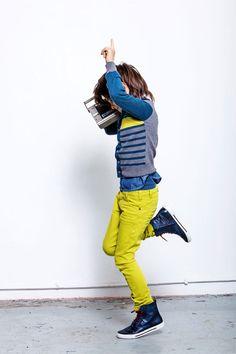 CKS jongens slimfit spijkerbroek in fel geel! Stoer en opvallend. www.kienk.nl #CKS #jongenskleding #spijkerbroek #geel