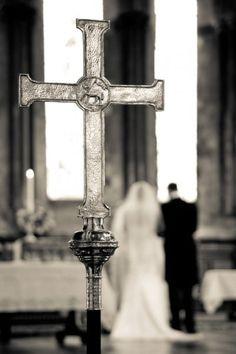 Portfolio of creative wedding ceremony photographs by Columbia Photography, Bournemouth, Dorset Church Weddings, Wedding Ceremony, Photo Galleries, Gallery, Creative, Photography, Art, Art Background, Photograph