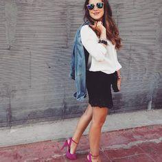 Saturday!! #letsgo #outfit #blog #monturquoise #black #lace #skirt #white #blouse #strawberry #heels #denim #jacket #afflelou #sunglasses #perfect #look #saturdaynight #streetstyle