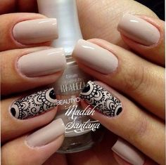 In seek out some nail designs and ideas for the nails? Listed here is our list of 32 must-try coffin acrylic nails for fashionable women. Fabulous Nails, Perfect Nails, Gorgeous Nails, Pretty Nails, Fun Nails, Lace Nails, Manicure E Pedicure, Creative Nails, Nail Arts