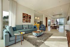26 Gorgeously Beautiful Family Room Designs. #home #homedesign #homedesignideas #homedecorideas #homedecor #decor #decoration #diy #kitchen #bathroom #bathroomdesign #LivingRoom #livingroomideas #livingroomdecor #bedroom #bedroomideas #bedroomdecor #homeoffice #diyhomedecor #room #family #interior #interiordesign #interiordesignideas #interiordecor #exterior #garden #gardening #pool