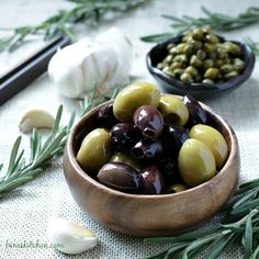 Kalmata and green olives infused with rosemary and garlic olive oil, capers and black pepper and blended into a deeply aromatic and rich olive tapenade. Olives, Olive Oil Packaging, Keto Recipes, Cooking Recipes, Health Dinner, Tapenade, Relleno, Fruits And Vegetables, Food Inspiration