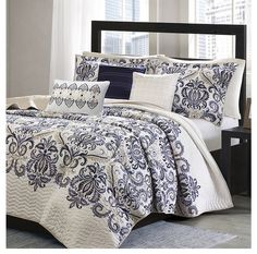 Mesa Navy Blue and White Damask Quilt Bedding Set
