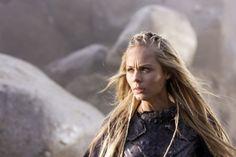Laura Vandervoort 8x10 reprint Signed Photo #1 RP Smallville V /& Bitten TV Shows