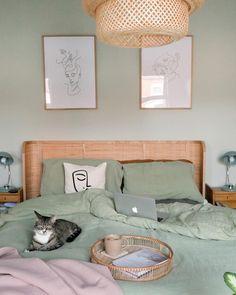 Room Ideas Bedroom, Bedroom Colors, Home Decor Bedroom, Living Room Decor, Ikea Bedroom, Sage Green Bedroom, Green Rooms, Sinnerlig Ikea, Aesthetic Room Decor