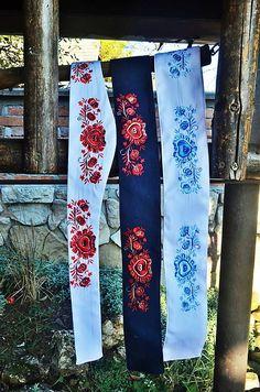 Vyšívaný opasok s ľudovým motívom / krasavrukach - SAShE. Floral Tie, Folk, Accessories, Fashion, Moda, Popular, Fashion Styles, Forks, Folk Music