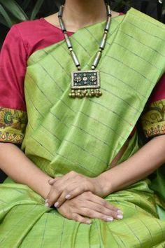 Saree Red kanchi silk ready to wear blouse with kalamkari Sale Online Shopping Saree Blouse Patterns, Saree Blouse Designs, Black Saree Blouse, Floral Blouse, Black Blouse Designs, Simple Sarees, Casual Saree, Buy Sarees Online, Saree Styles