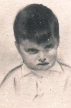 (05/06/1936) Breda, Netherlands  (05/17/1940) Sint-Niklaaa, Belgium 4 years old