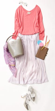 旬フォルムの靴&バッグで黒ブラウスに個性を! 2017春トレンドテーマ「Future Stylist」から提案するコーデの最終週は、新生活のスタートに合わせた着こなしを考えます。ルミネ有楽町のアイテムで人気スタイリスト田沼智美さんがこれからの未来をワクワク、元気に盛り上げる、おしゃれテクニックをレッスン!
