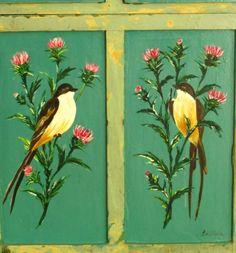 LAS VIDALAS closeup on green. Birds + flowers.