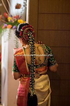 """20 Best and Beautiful Indian Bridal Hairstyles for Engagement & Wedding Best Bridal Hairstyles for Wedding & Engagement """"Indian Bride"""" A Beautiful girl with a Colorful Saree Draped in, Her hands and feet a… South Indian Wedding Hairstyles, Bridal Hairstyle Indian Wedding, Bridal Hair Buns, Bridal Braids, Bridal Hairdo, Hairdo Wedding, Long Hair Wedding Styles, Indian Hairstyles, Saree Hairstyles"""