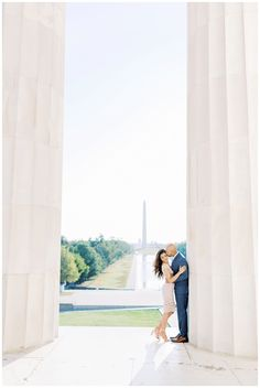 Washington D.C. Engagement Session | Lincoln Memorial Engagement Photos | Victoria and Jonathan - kir2ben.com