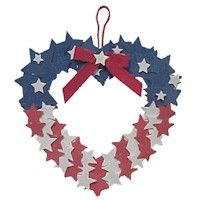 Encourage the kids to make a heart wreath to hang on your door for Memorial day. Red, white and blue crafts are appropriate for all the USA patriotic Patriotic Crafts, Patriotic Wreath, Patriotic Decorations, 4th Of July Wreath, Patriotic Party, Clothes Pin Wreath, Blue Crafts, Heart Wreath, Wreath Crafts