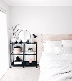 This plywood headboard is beautiful and surely easy to make! / Interior / Design / Ideas / Inspiration / Home Decor / Bedroom / Wood / Minimalist / Minimal / Headboard / Plywood / Scandinavian