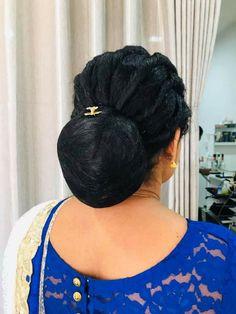 Beautiful Buns, Beautiful Women Over 40, Bridal Hair Buns, Bridal Hairstyle, Low Buns, Big Bun, Bun Hairstyles For Long Hair, Long Hair Styles, Indian Beauty