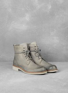 Strummer Wingtip Boot