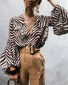 Women Zebra Print Blouse Celmia 2019 Fashion Sexy Lace Up Female Shirts Long Lantern Sleeve Work Office Tops Casual Loose Blusas Top Fashion, Stripes Fashion, Womens Fashion, Fashion Blouses, Latest Fashion, Brown Fashion, Fashion Outfits, Mode Safari, Blouse Styles