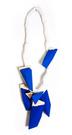 Tobias Alm – Summer series – Necklace. Cotton, wood, paint. Picture from http://www.tobiasalm.com/projects/summerseries1.html