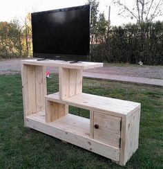 The wooden pallet T.V. stand is a very useful furniture to be constructed for your home requirements. It not only solves storage or space saving problems but provides a stylish view to the area where it is placed.Its shape is atypical and unique hence making it a furniture with beneficial and distinct features.