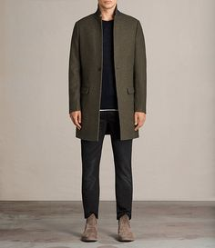 Explore our range of men's coats. Stylish Men, Vest Jacket, Male Models, Canada Goose Jackets, Parka, Sportswear, Casual Outfits, Menswear, Normcore