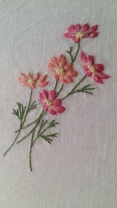 The Latest Trend in Embroidery – Embroidery on Paper - Embroidery Patterns Hand Embroidery Projects, Embroidery Flowers Pattern, Paper Embroidery, Learn Embroidery, Hand Embroidery Stitches, Crewel Embroidery, Hand Embroidery Designs, Embroidery Techniques, Silk Ribbon Embroidery