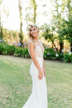 Lace top wedding gown - Photo ChristineMeintjes