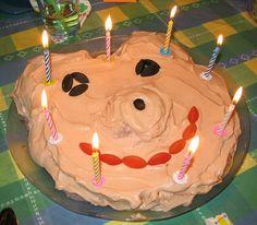 Nalle Puh -kakku by Matleena Laakso, via Flickr