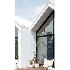 """ΛD Design Develop's Instagram photo: """"Suburban Oasis. Allan House - Brunswick . . Builder - @nflbuildersmelbourne . 📷- @keelanohehir . . .  #addesigndevelop #design #develop…"""" Ad Design, Oasis, Oversized Mirror, House Styles, Outdoor Decor, Instagram, Home Decor, Ideas, Decoration Home"""