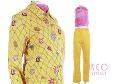 80s vintage st john sport bright yellow seashell printed jacket and high waisted wide leg pants. both pieces have hidden side pockets and are unlined. elastic waistband on pants. • brand : st john sport marie gray • material : pants are 55% linen 40% rayon 5% spandex top is cotton spandex