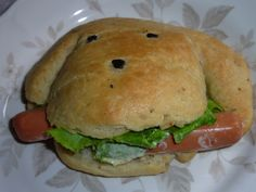 PETIT PAIN CHIEN 002 Hot Dogs, Tarte Fine, Salmon Burgers, Bagel, Hamburger, Pizza, Food And Drink, Bread, Ethnic Recipes