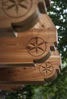 apartamenty w Zakopanem - nasza trzecia willa Willa Tatiana Boutique Chip Carving, Wood Carving, Viking House, Primitive Cabinets, Tool Room, Wooden Architecture, Wall Ornaments, Wood Post, Wood Joinery