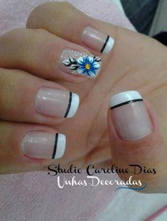 Simple and pretty! Pretty Nail Designs, Nail Art Designs, Gorgeous Nails, Pretty Nails, Fingernail Designs, Funky Nails, Classy Nails, Bling Nails, Flower Nails