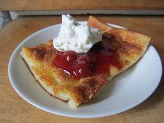 Herkkuja leipomassa: Pannukakku/ Oven Pancake Oven Pancakes, French Toast, Breakfast, Food, Morning Coffee, Baked Pancakes, Meals, Yemek, Oven Baked Pancakes