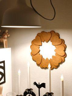 Scandinavian Christmas Decorations, Swedish Christmas, Natural Christmas, Christmas Mood, Xmas Decorations, Christmas Wreaths, Christmas Tree Toppers, Christmas Inspiration, Holiday Crafts