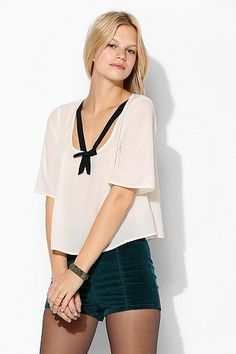 Cooperative Contrast Bow Top at HelloShoppers