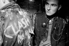 From the series 'Punks', 1977 @ Karen Knorr and Olivier Richon