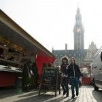 De markt uit de reportage Leuven: the place to be(er) |  Nomad & Villager