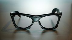 Artifact_Buddy-Hollys-Glasses.-Credit-Courtesy-of-the-Buddy-Holly-Center_680