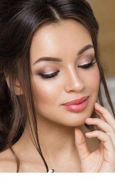 36 ideas for natural bridal makeup - Braut Make-up - Eye Makeup Wedding Makeup For Brown Eyes, Wedding Makeup Tips, Natural Wedding Makeup, Wedding Hair And Makeup, Romantic Makeup, Hair Wedding, Bridesmaid Makeup Natural, Wedding Bride, Prom Make Up Natural