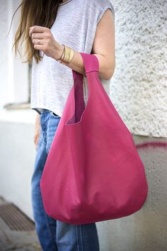 Rosa cuero Hobo bolso cada día rosa bolso venta por PatkasBerlin