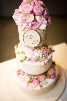 THE cake Diy Wedding, Cake, Desserts, Food, Pie Cake, Tailgate Desserts, Pastel, Meal, Dessert