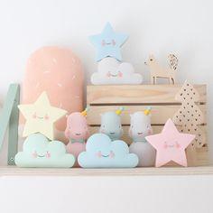 Happy family!  instock!  #nightlight #kidsroom #instock #kidsroom #nursery #nurserydecor #pastel #woouf #wooufbarcelona by eeflillemor