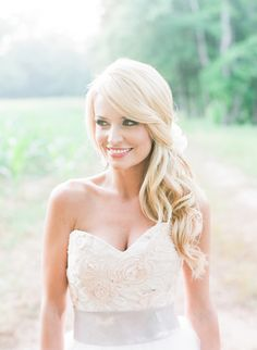 Best Wedding Hairstyles For Bridesmaids Side Curls Updo Ideas Wedding Hair Half, Wedding Updo, Wedding Ceremony, Wedding Makeup, Wedding Bridesmaids, Wedding Table, Side Swept Hairstyles, Down Hairstyles, Trendy Hairstyles